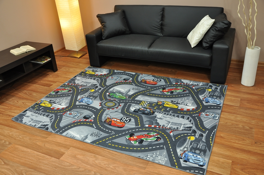 restposten kinderteppich jugendteppich disney cars teppich stra en spielteppich ebay. Black Bedroom Furniture Sets. Home Design Ideas